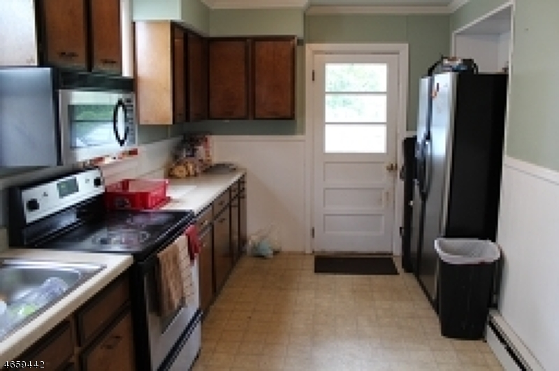 Additional photo for property listing at 113 Allen Street  Netcong, New Jersey 07857 United States