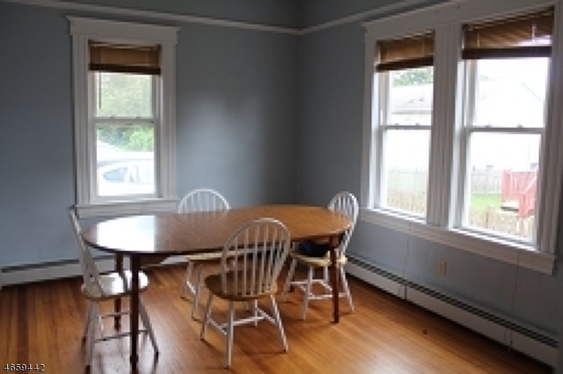 Additional photo for property listing at 113 Allen Street  Netcong, New Jersey 07857 États-Unis