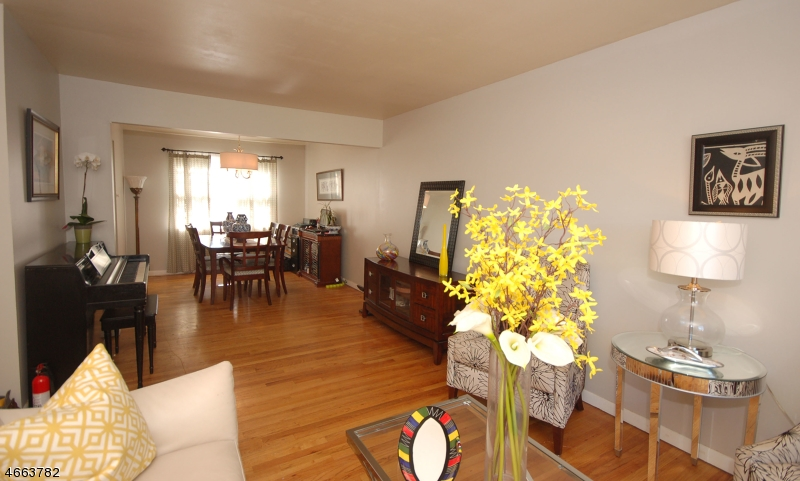 Additional photo for property listing at 1341 Division Avenue  Piscataway, New Jersey 08854 United States