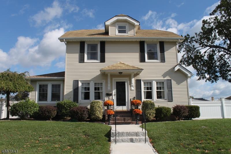Частный односемейный дом для того Продажа на 467 Columbia Blvd Wood Ridge, Нью-Джерси 07075 Соединенные Штаты