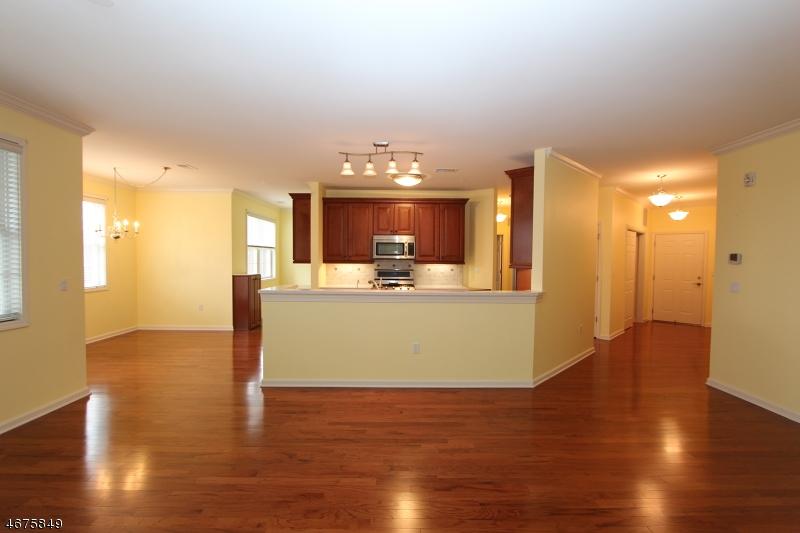 Частный односемейный дом для того Продажа на 56 Zachary Way Mount Arlington, 07856 Соединенные Штаты