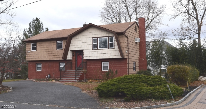 Single Family Home for Rent at 4 Passaic Valley Road Montville, New Jersey 07045 United States