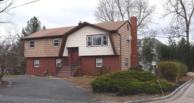 独户住宅 为 出租 在 4 Passaic Valley Road Montville, 新泽西州 07045 美国