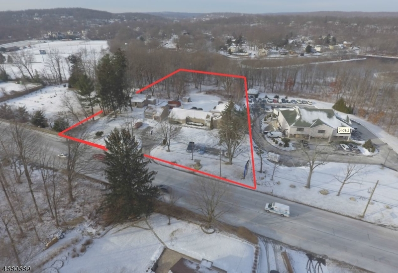 Commercial for Sale at 802-808 STATE RT 15 S Lake Hopatcong, New Jersey 07849 United States