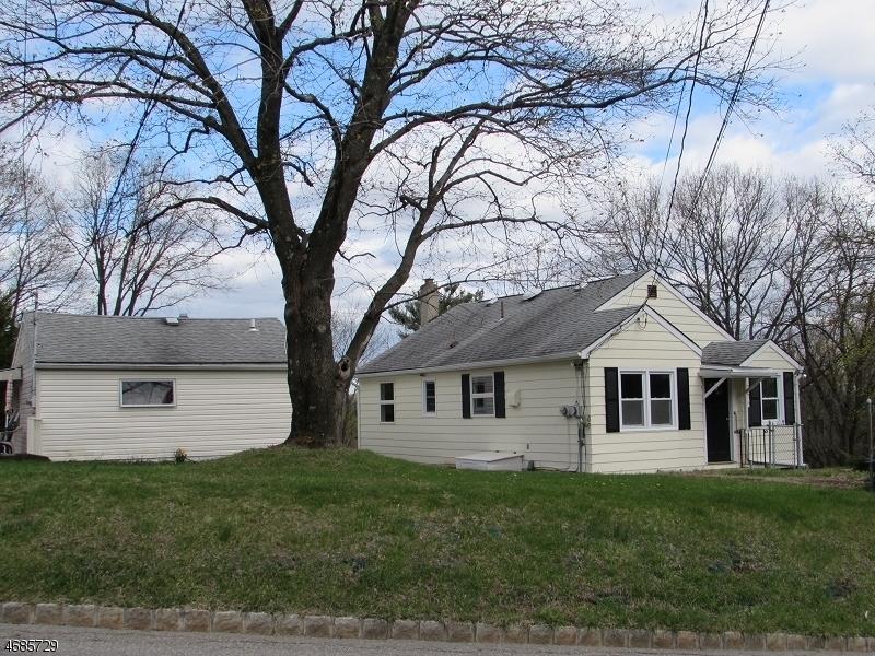 Частный односемейный дом для того Продажа на 16A&B Mattison Road Branchville, Нью-Джерси 07826 Соединенные Штаты