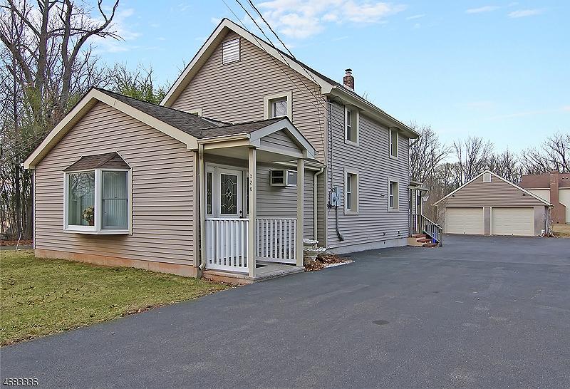 Casa Unifamiliar por un Alquiler en 320 Old York Road Bridgewater, Nueva Jersey 08807 Estados Unidos
