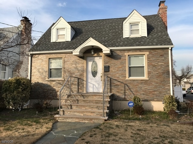 Single Family Home for Rent at 2049 Vauxhall Road Union, New Jersey 07083 United States