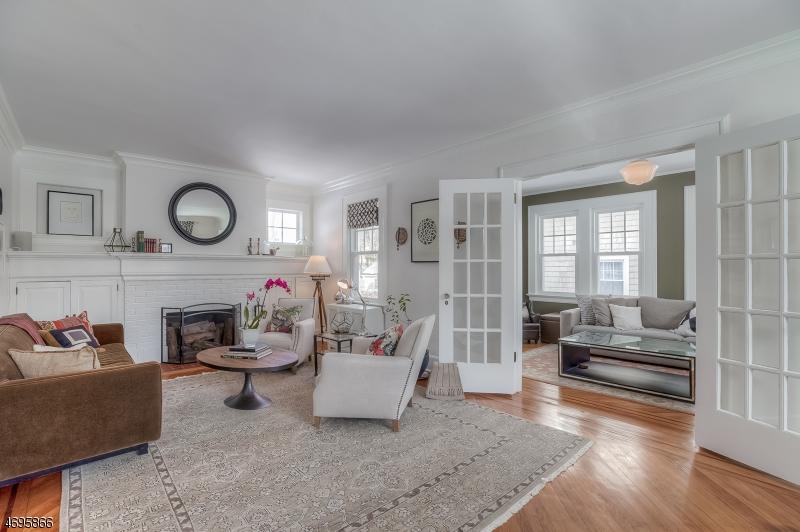 Частный односемейный дом для того Продажа на 34 Harvard Avenue Maplewood, 07040 Соединенные Штаты