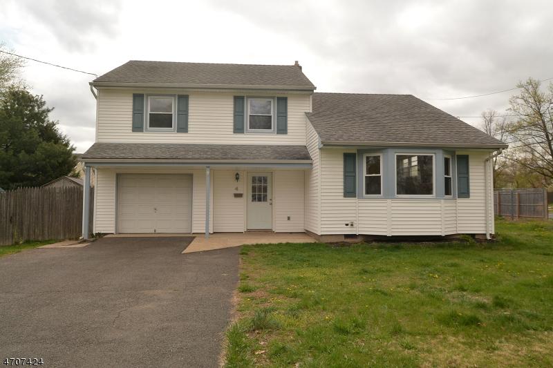 Casa Unifamiliar por un Venta en 4 Barber Blvd South Bound Brook, Nueva Jersey 08880 Estados Unidos