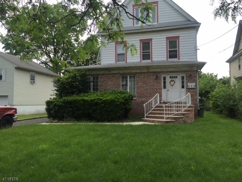 Частный односемейный дом для того Аренда на 210 Walnut Avenue Cranford, Нью-Джерси 07016 Соединенные Штаты