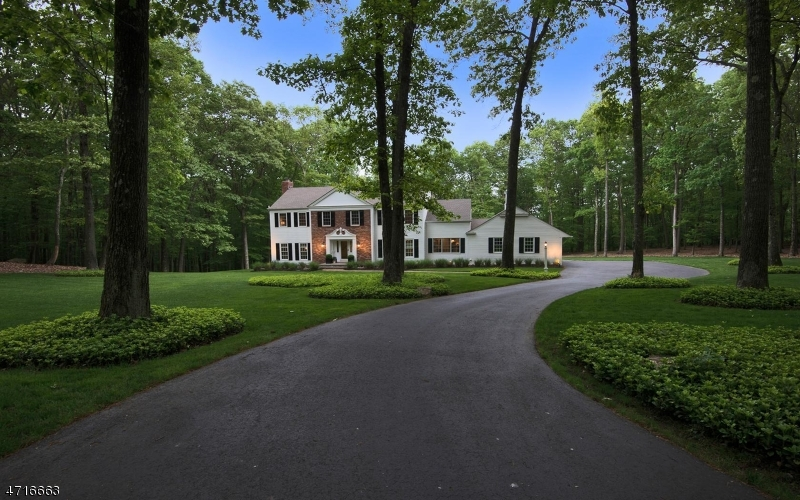 Частный односемейный дом для того Продажа на 35 Horizon Drive Mendham, Нью-Джерси 07945 Соединенные Штаты