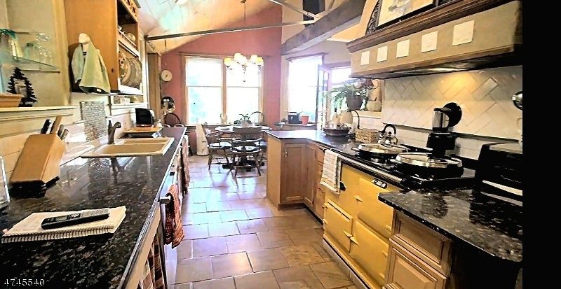 Additional photo for property listing at 85 Tamarack Road  Byram Township, New Jersey 07821 États-Unis