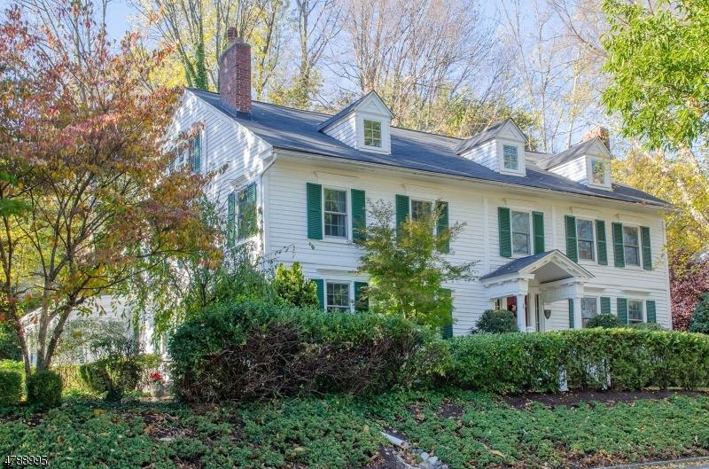 Casa Unifamiliar por un Venta en 509 Ridgewood Road Maplewood, Nueva Jersey 07040 Estados Unidos