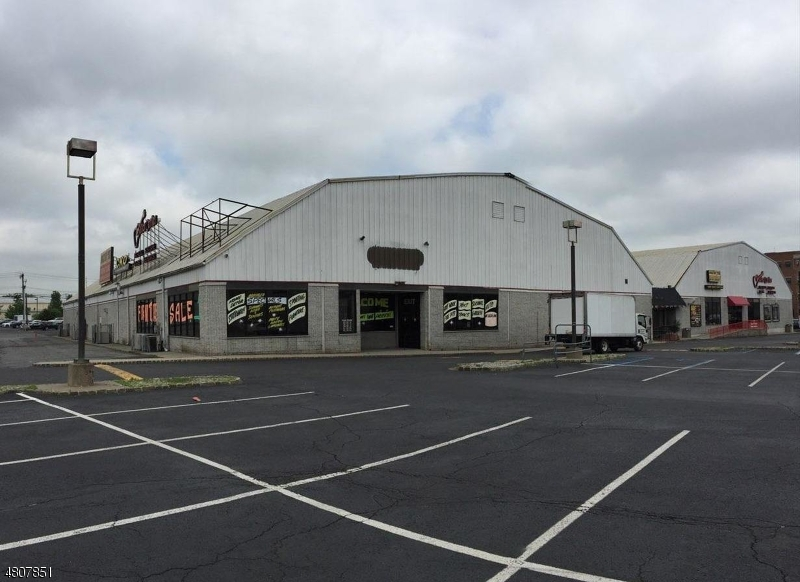 Commercial for Rent at 1 US Highway 46 Totowa, New Jersey 07512 United States