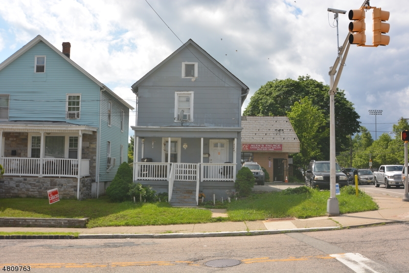 Single Family Home for Sale at 29 Perry St & 256 46 29 Perry St & 256 46, Dover Township, New Jersey 07801 United States