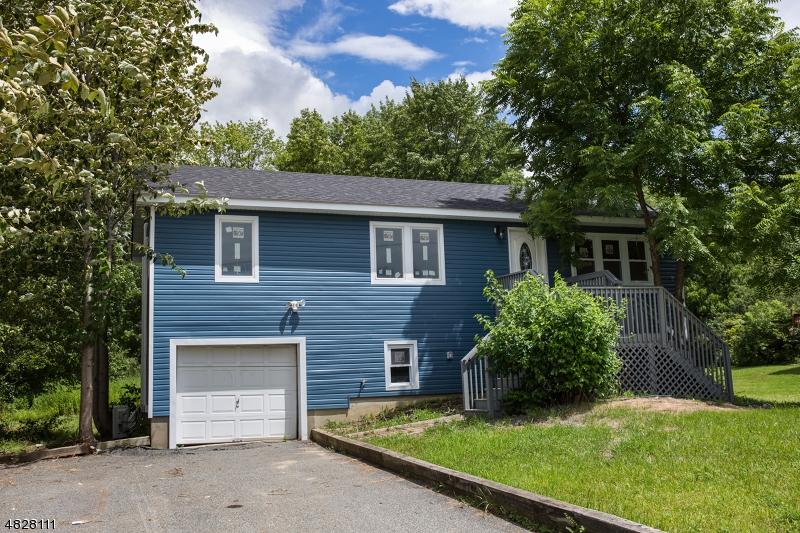 独户住宅 为 销售 在 29 GLENBROOK Road Ogdensburg, 新泽西州 07439 美国