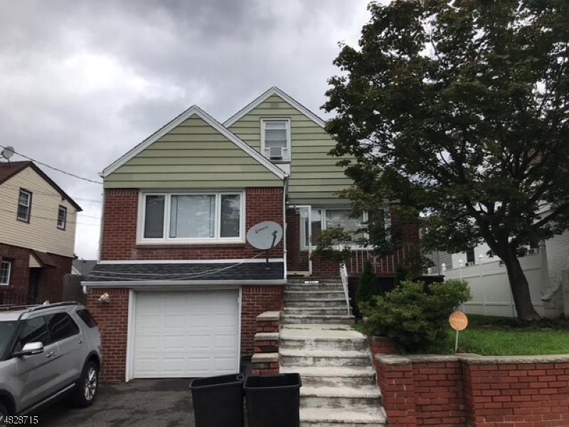 Vivienda unifamiliar por un Venta en 237 BALDWIN Avenue Hasbrouck Heights, Nueva Jersey 07604 Estados Unidos