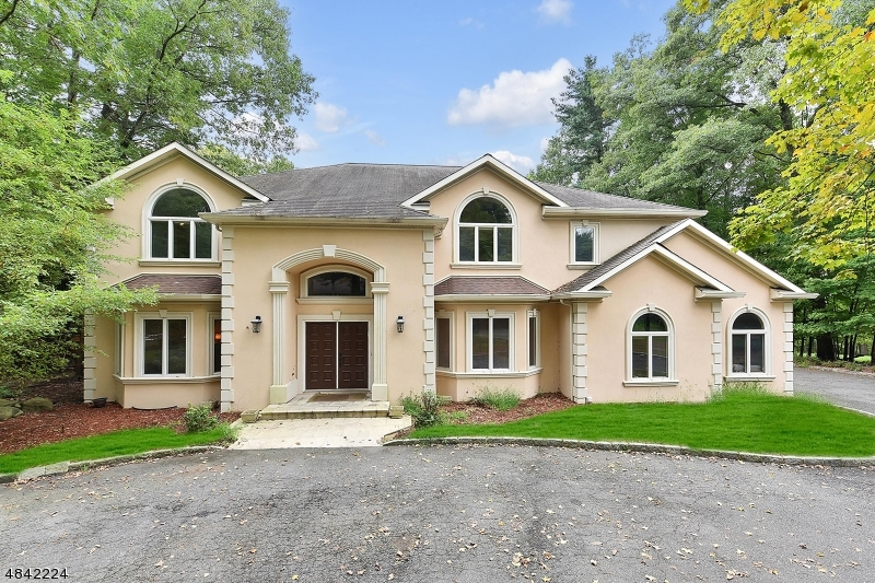 Single Family Home for Sale at 38 ROLLING RIDGE RD 38 ROLLING RIDGE RD Upper Saddle River, New Jersey 07458 United States