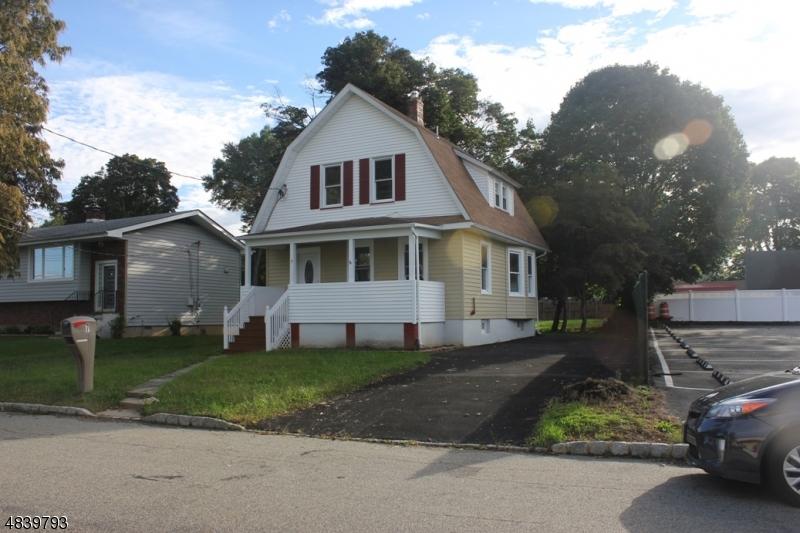 Maison unifamiliale pour l Vente à 7 PINE Street Mine Hill, New Jersey 07803 États-Unis