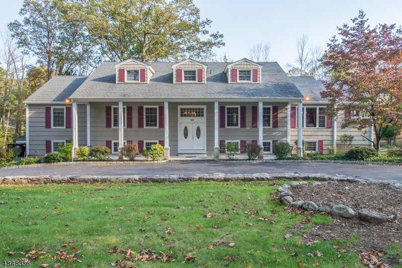 Single Family Home for Sale at 5 MILLER Drive Boonton, New Jersey 07005 United States