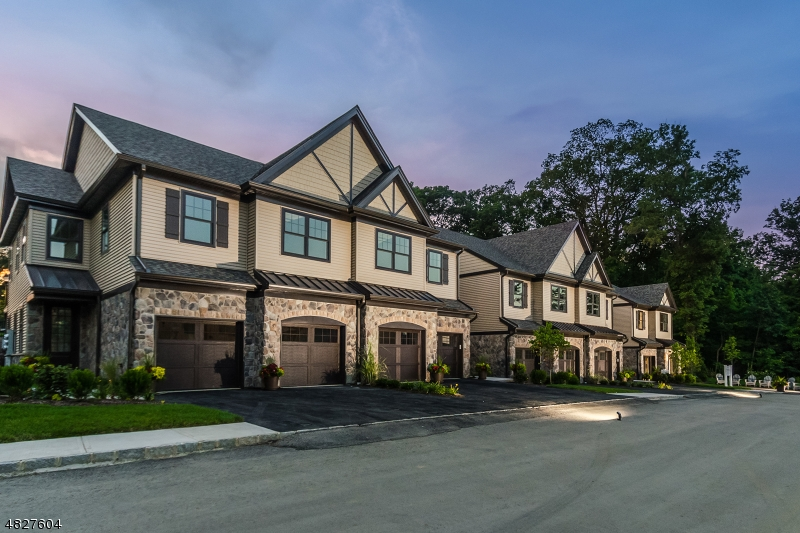 Condominium for Sale at 205 MARINER'S POINTE 205 MARINER'S POINTE Hopatcong, New Jersey 07843 United States