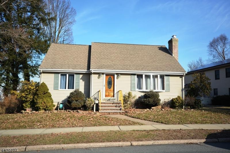 Villa per Vendita alle ore 95 FRANKLIN Avenue Saddle Brook, New Jersey 07663 Stati Uniti