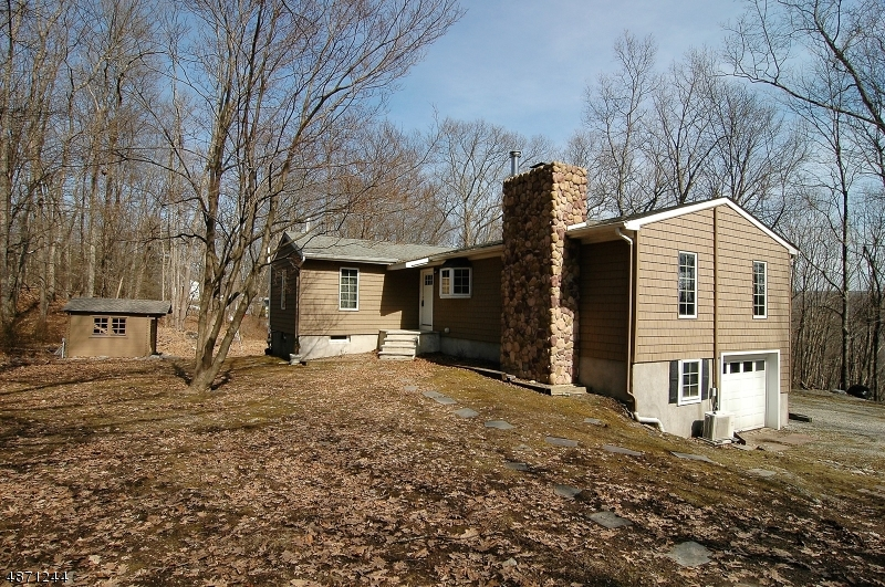 Single Family Home for Sale at 37 HILL Road Montague, New Jersey 07827 United States