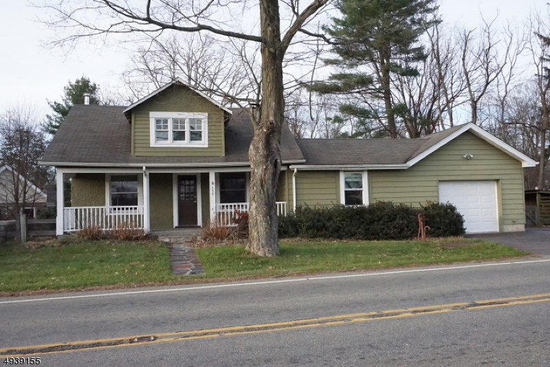 Single Family Homes för Försäljning vid Glen Gardner, New Jersey 08826 Förenta staterna