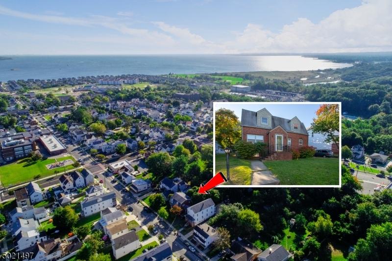 Multi-Family Homes 為 出售 在 South Amboy, 新澤西州 08879 美國