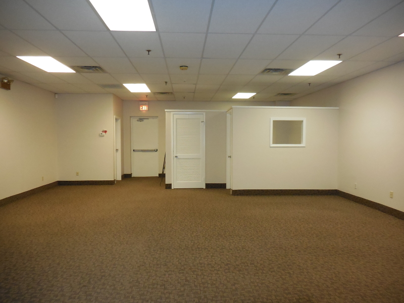 Commercial for Sale at Address Not Available Clark, New Jersey 07066 United States
