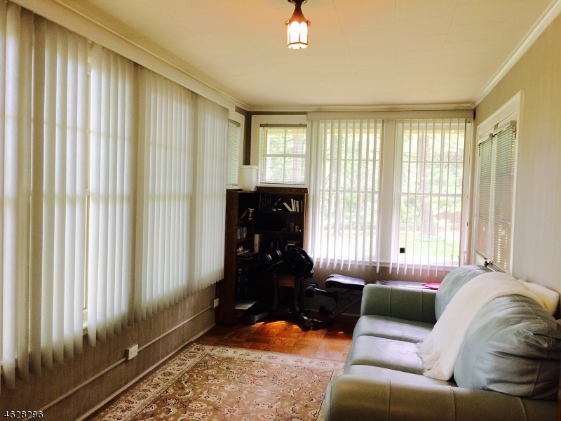 Additional photo for property listing at 92 Ravine Avenue  Wyckoff, New Jersey 07481 United States