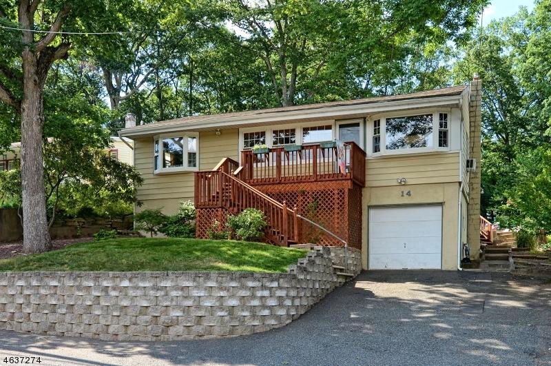 Casa Unifamiliar por un Venta en 14 Apache Trail Rockaway, Nueva Jersey 07866 Estados Unidos