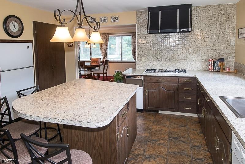 Additional photo for property listing at 632 E LINCOLN PARK  Cranford, Нью-Джерси 07016 Соединенные Штаты