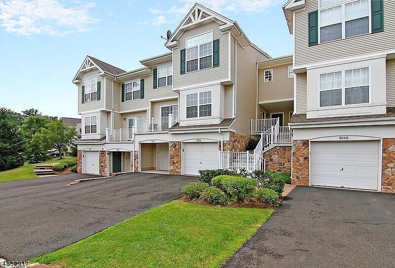 Casa Unifamiliar por un Venta en 3050 King Court Dunellen, Nueva Jersey 08812 Estados Unidos