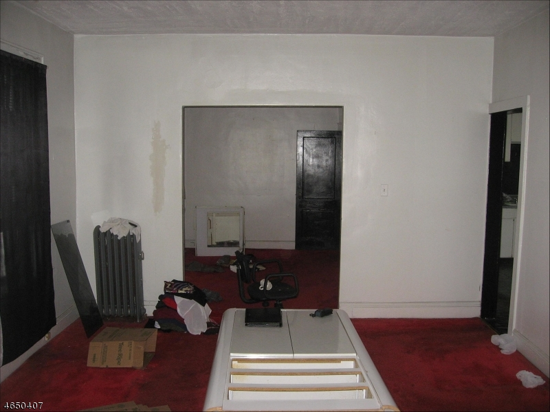 Additional photo for property listing at 87 Campfield Street  Irvington, New Jersey 07111 États-Unis