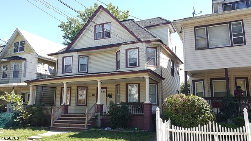 Additional photo for property listing at 423 W 5th Street  Plainfield, New Jersey 07060 United States