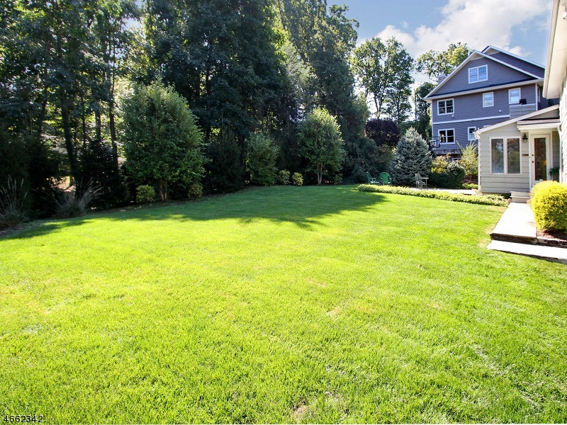 Additional photo for property listing at 1483 DEER PATH  Mountainside, Nueva Jersey 07092 Estados Unidos