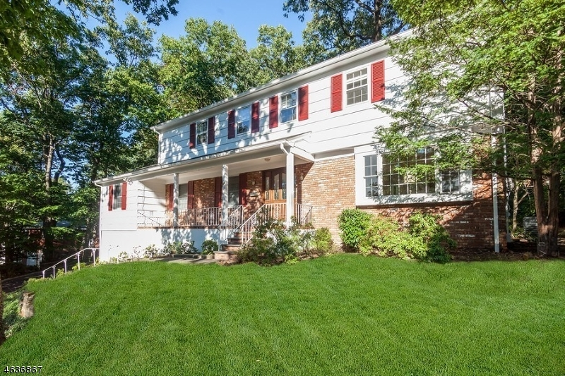 Single Family Home for Rent at 37 Overlook Drive Berkeley Heights, 07922 United States