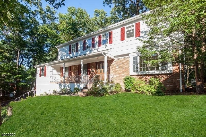 Maison unifamiliale pour l à louer à 37 Overlook Drive Berkeley Heights, New Jersey 07922 États-Unis