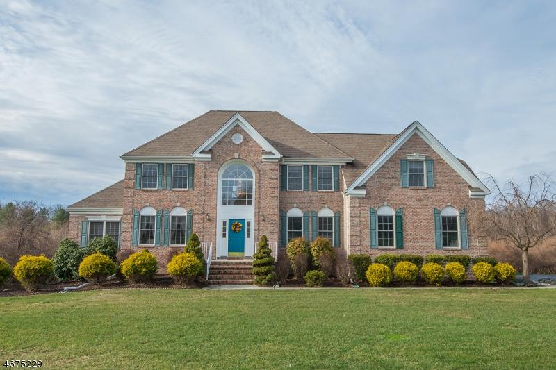 Частный односемейный дом для того Продажа на 5 Augusta Drive Flanders, 07836 Соединенные Штаты