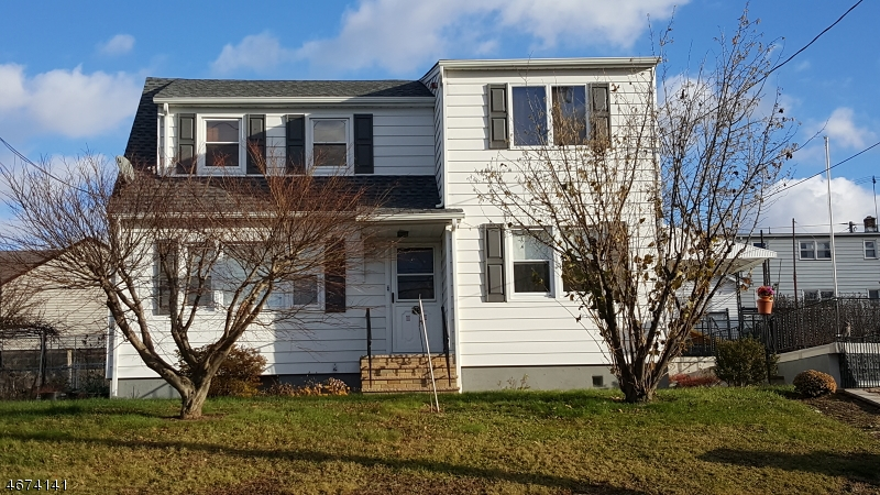 Single Family Home for Rent at 125 Mount Pleasant Avenue Woodland Park, New Jersey 07424 United States