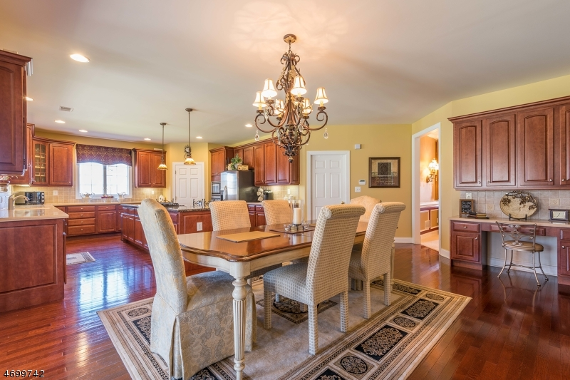 Additional photo for property listing at 36 Crown View Court  Sparta, New Jersey 07871 États-Unis