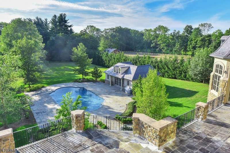 Additional photo for property listing at 119 E Saddle River Road 119 E Saddle River Road Saddle River, New Jersey 07458 United States
