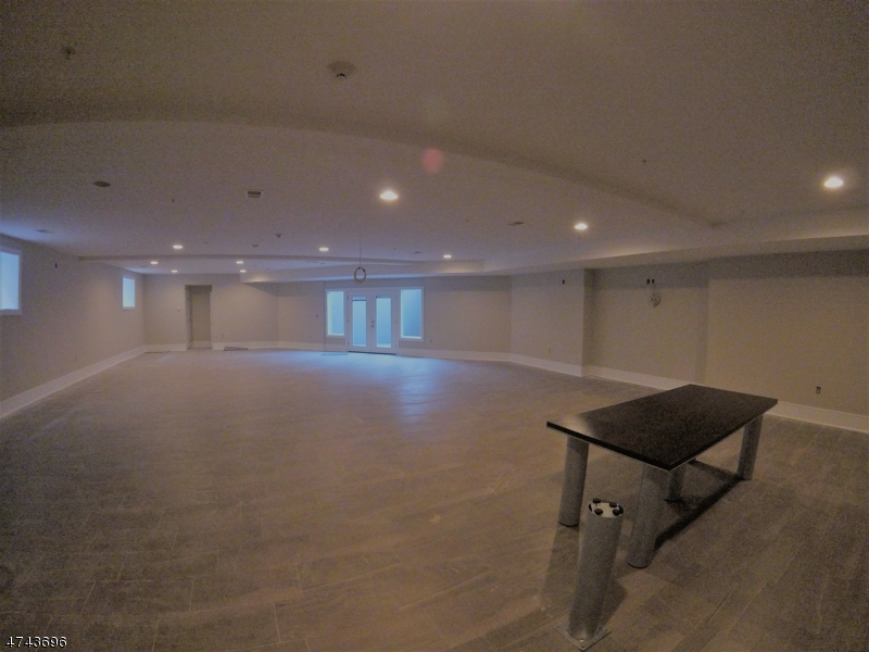 Commercial for Rent at 1317 NORTH Avenue Elizabeth, New Jersey 07208 United States