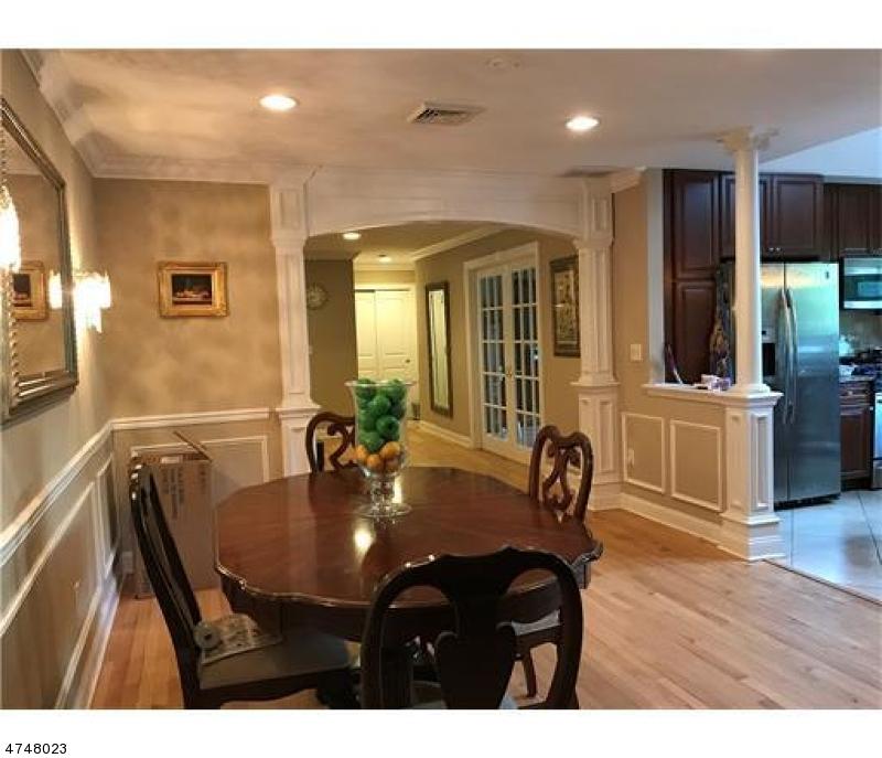 Additional photo for property listing at 6 Monica Drive  Edison, Nueva Jersey 08820 Estados Unidos