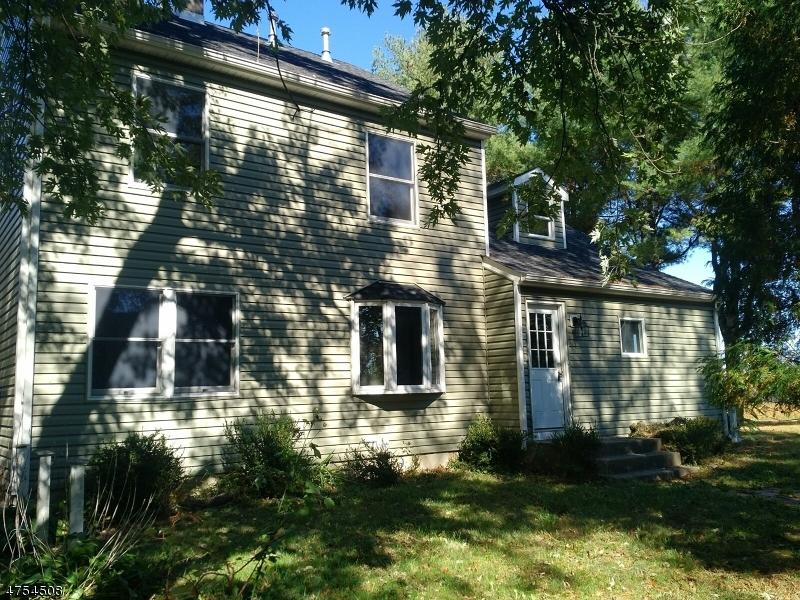 Maison avec plusieurs logements pour l Vente à 286 WHITEBRIDGE ROAD Franklin, New Jersey 08867 États-Unis