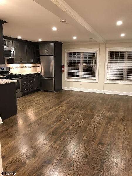 Maison unifamiliale pour l à louer à 43 Floral Avenue New Providence, New Jersey 07974 États-Unis