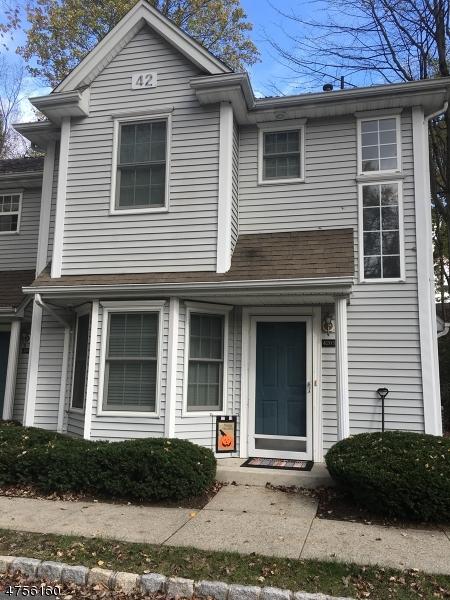 Частный односемейный дом для того Аренда на 4205 Tudor Drive Pequannock, Нью-Джерси 07444 Соединенные Штаты