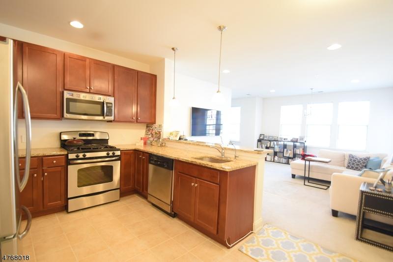Maison unifamiliale pour l à louer à 3311 Ramapo Court Riverdale, New Jersey 07457 États-Unis