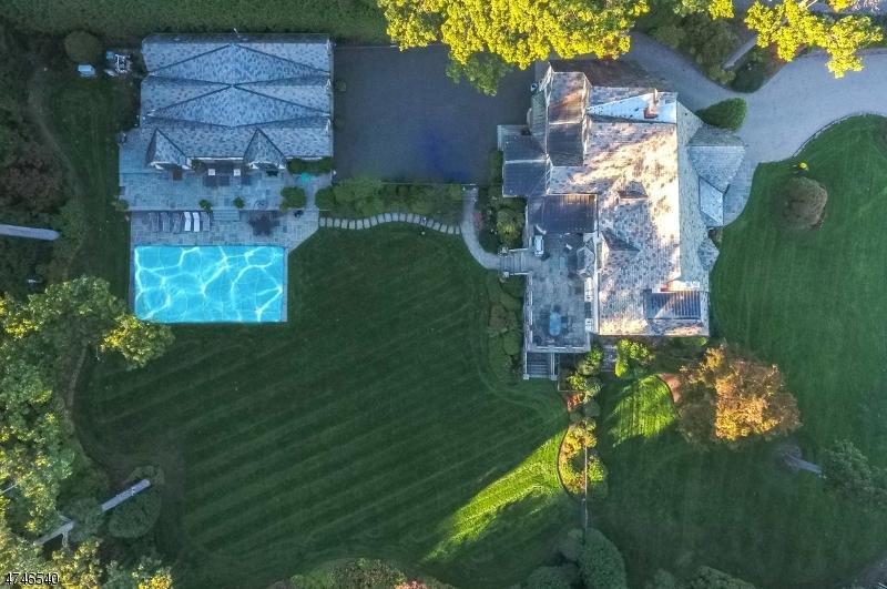 Maison unifamiliale pour l Vente à 224 Crest Road Ridgewood, New Jersey 07450 États-Unis